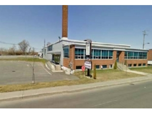 Lasalle industrial warehouse For Sale - Industrial Property For Sale in 8801 Elmslie Rue, LaSalle